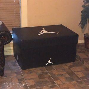 Mega Jordan Shoe Box